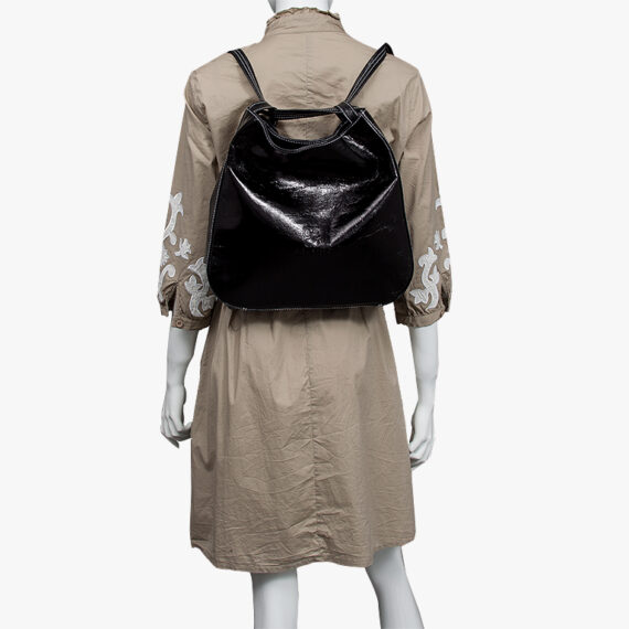 bolso mochila aleaspero nyasa negro piel natural espalda